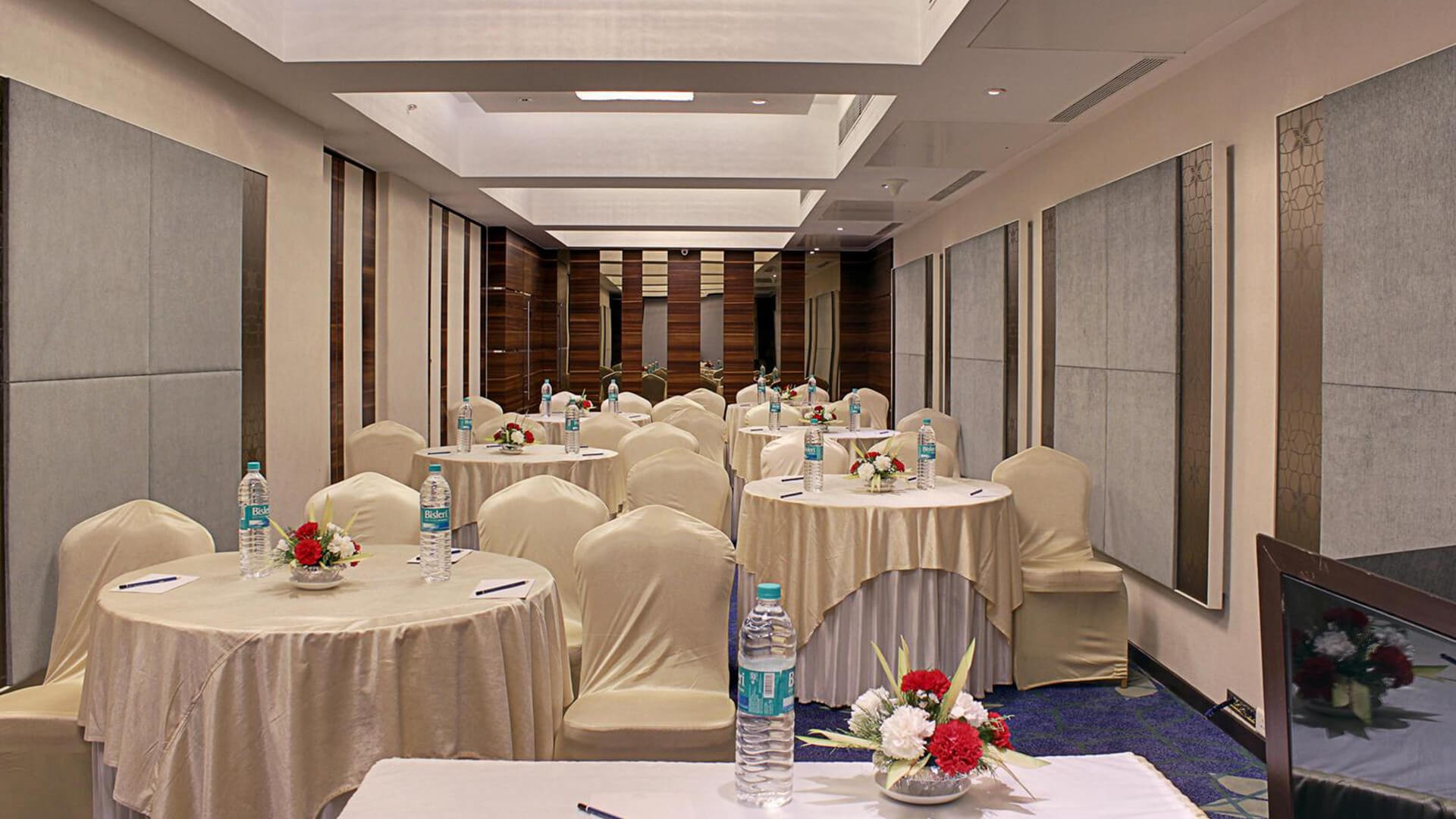 mumbai central hotel package deals, hotel deals in mumbai central, cheap hotels in mumbai near mumbai central railway station, Budget Hotels in mumbai central, hotel in south mumbai